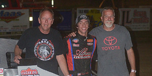 Thorson Opens POWRi Midget Week in Victory Lane