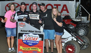 Thomas Impressive in POWRi Illinois SPEED Week Finale
