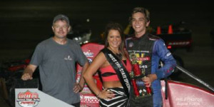 Gage Walker Gets First POWRi Win at Haubstadt