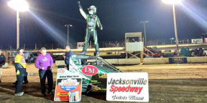 Clauson Captures 30th Career POWRi Win