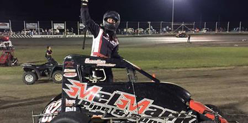 Shebester Smokes 'em in Garden City Finale