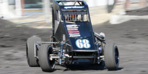 Gardner Leads Western Midgets to Tulare
