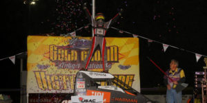 Thorson Finishes Off Gold Crown Sweep