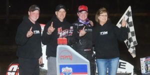 Tyler Thomas Pounces on POWRi Win at Jacksonville