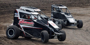 POWRi West Midgets Soar into Airport Raceway for Midget Roundup